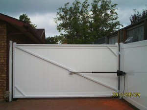 12' SINGLE SOLAR OPERATED GATE