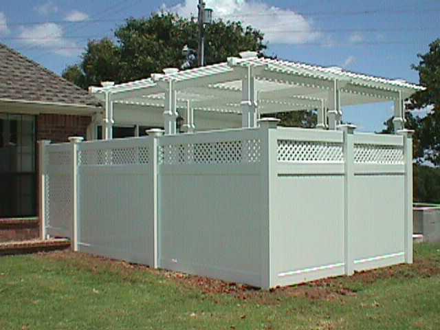 Vinyl Gates for Privacy Fences | Arbor Fence Inc