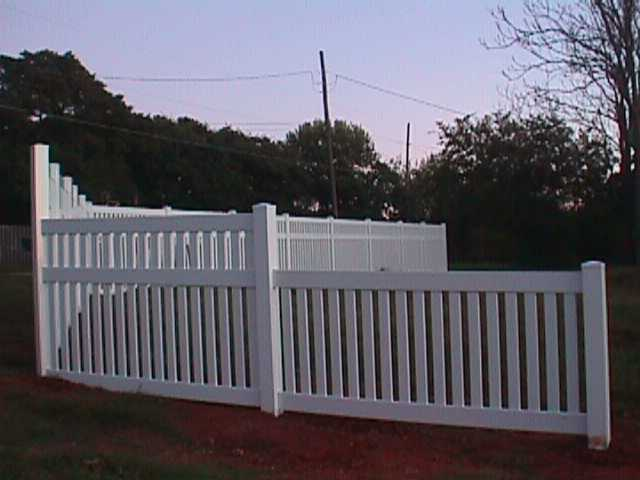 Semi private fence ′ midland vinyl products